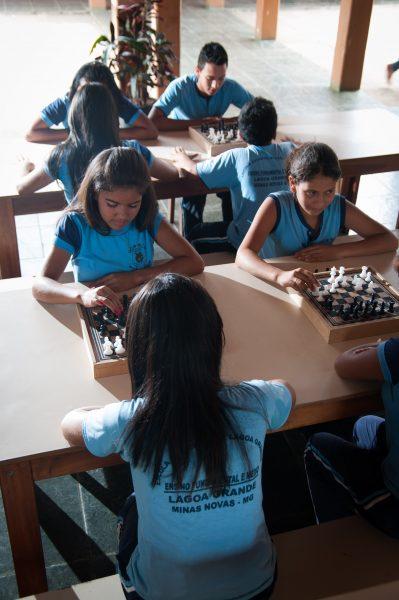 6821_ Relatório 2014 _ Bioenergia _ Educação _ Minas Presente na Escola